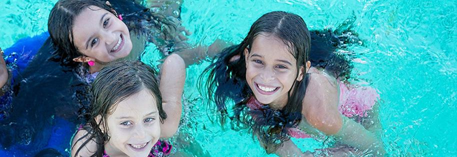 catamaran_kids1.jpg