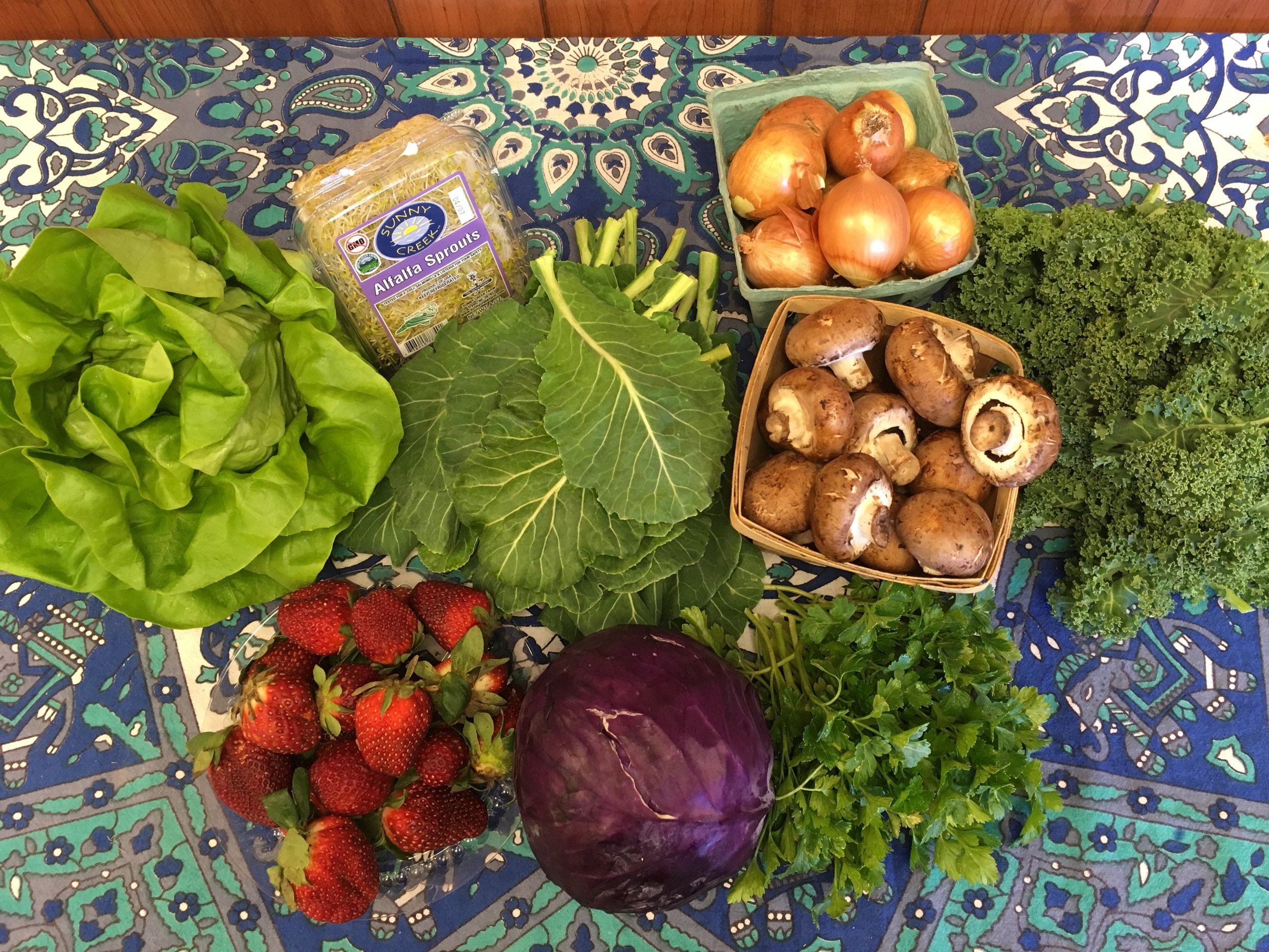 Southern Comfort Family   Hydroponic Lettuce, Alfalfa Sprouts, Green Collards, Storage Onions, Cremini Mushrooms, Siberian Curly Kale, Strawberries, Grab Bag- featuring Purple Cabbage and Parsley- also offering Carrots
