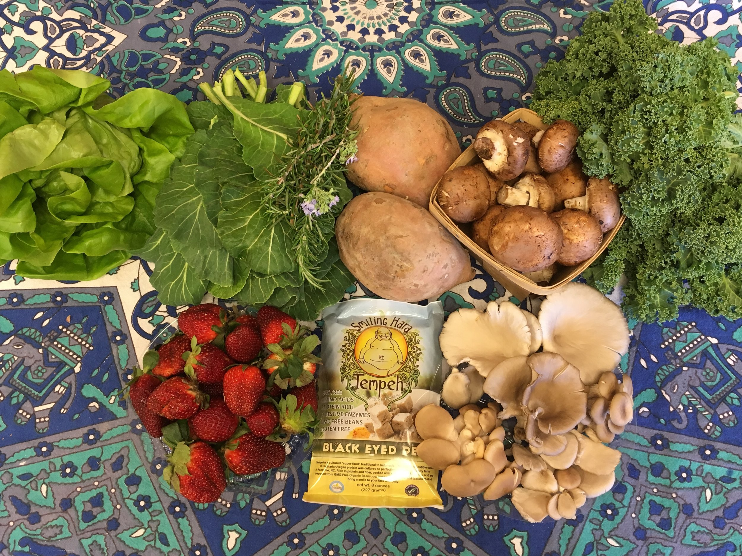 Spice of Life Family  Hydroponic Lettuce, Green Collards, Rosemary, Sweet Potatoes, Cremini Mushrooms, Siberian Curly Kale, Strawberries, Tempeh, Blue Oyster Mushrooms