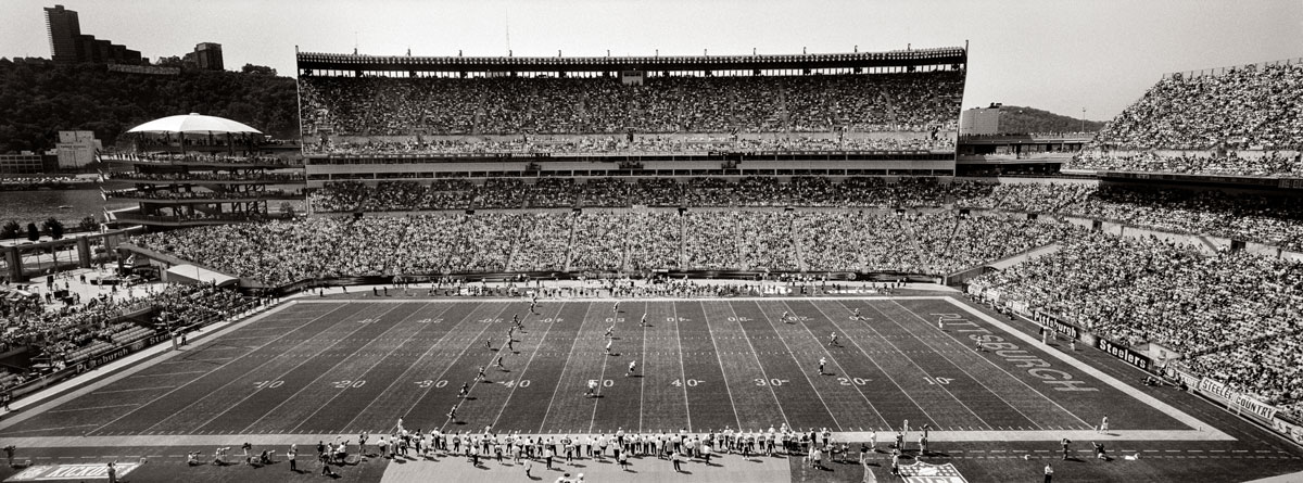 Kickoff. Steelers vs. Titans. Heinz Field 2005.© Kevin Francis Sweeney