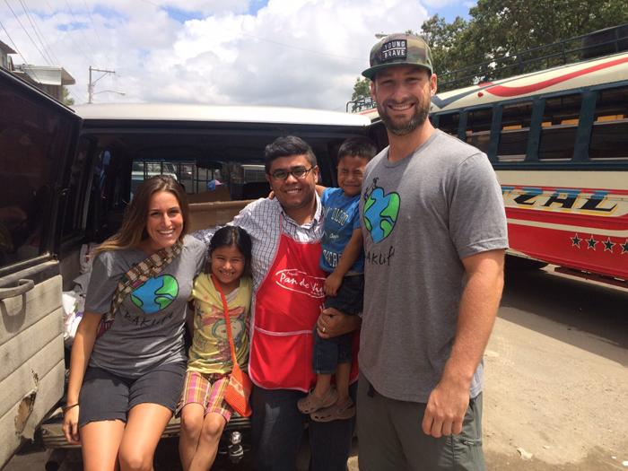 RAKlife donating food supplies to the founder of  Pan de Vida.