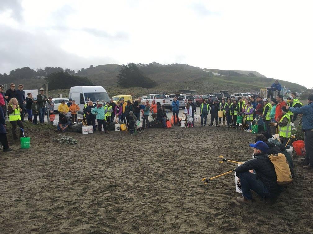 Beach Cleanup 2-5-17.jpg