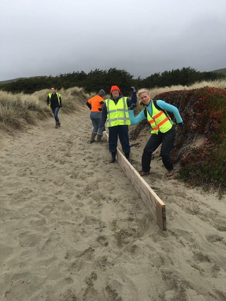 Beach Cleanup 3-4-17.jpg