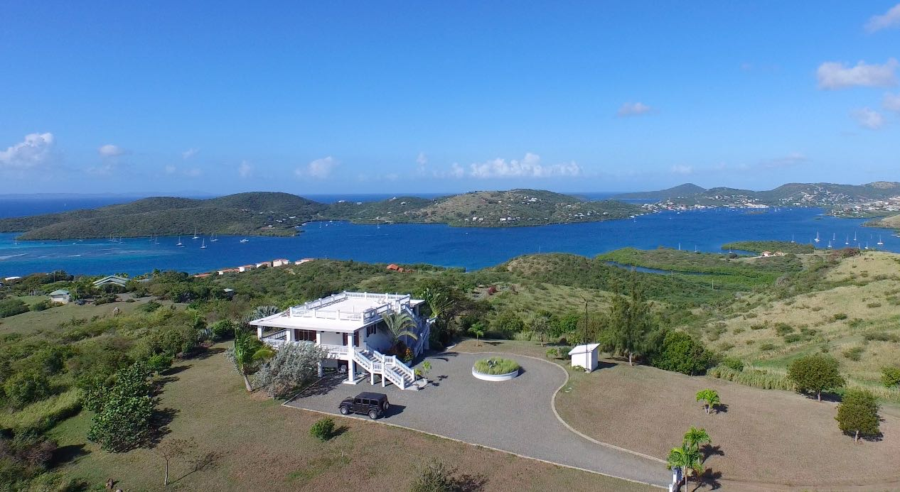 Frailes Hill Top Villa - 5 Acre Estate with 360º Panoramic Views