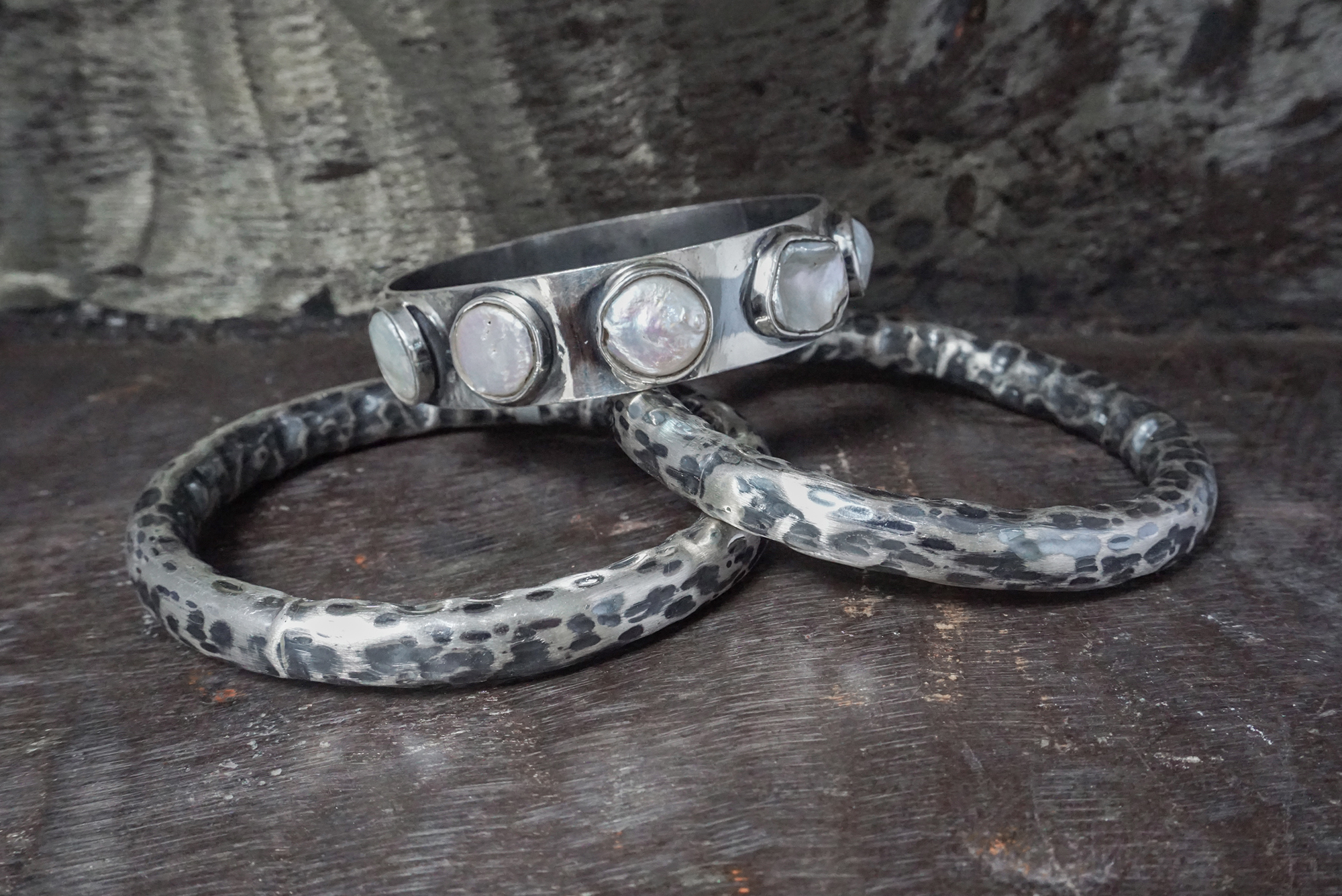 coin pearl & sterling silver hammered bangles