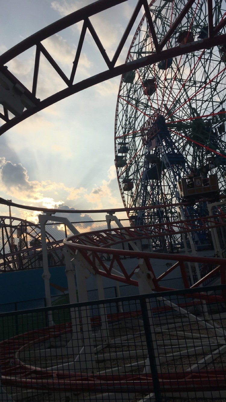 """Wonder"" - (Coney Island – May 27, 2016)"
