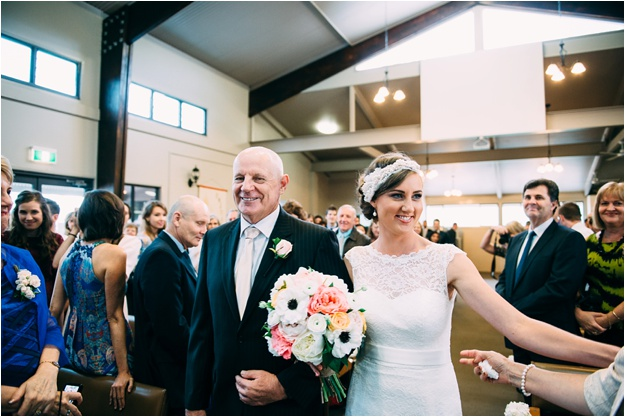 Gold_Coast_wedding_photography_fox_and_hounds_country_inn_0126.jpg