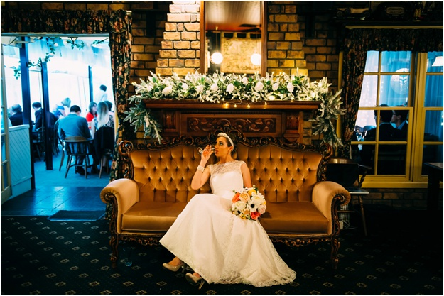 Gold_Coast_wedding_photography_fox_and_hounds_country_inn_0160.jpg
