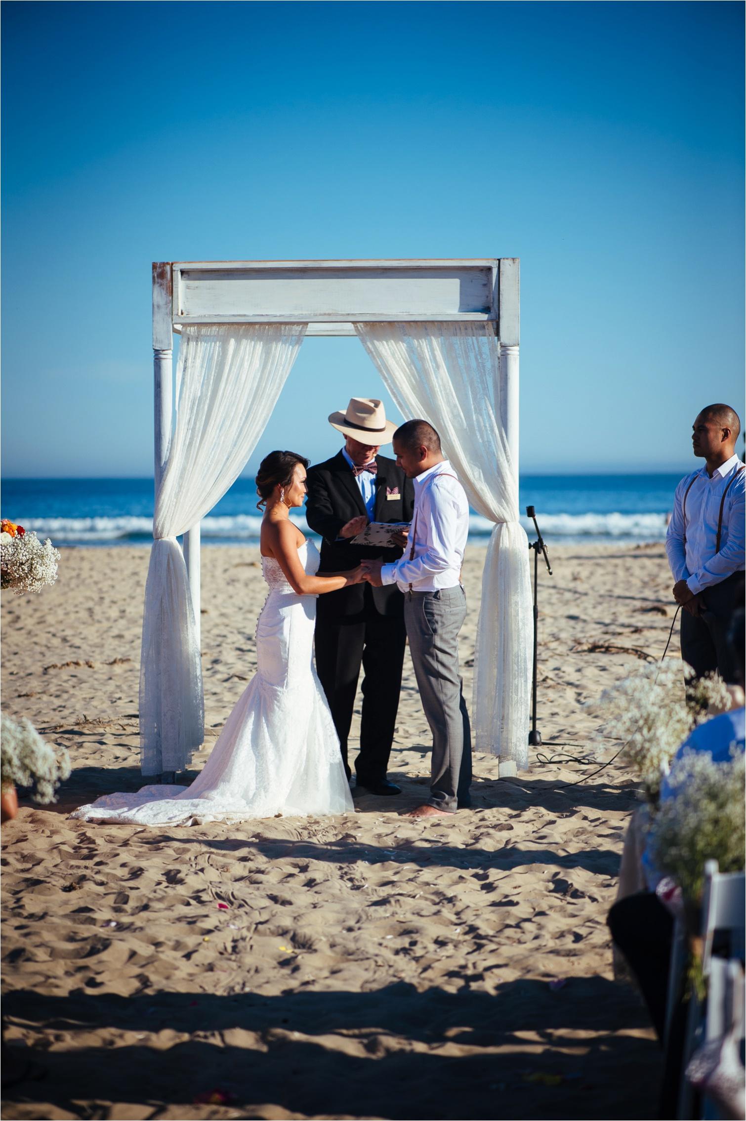 Gerrigong_Beach_Winery_Wedding-by_The_Follans_0031.jpg