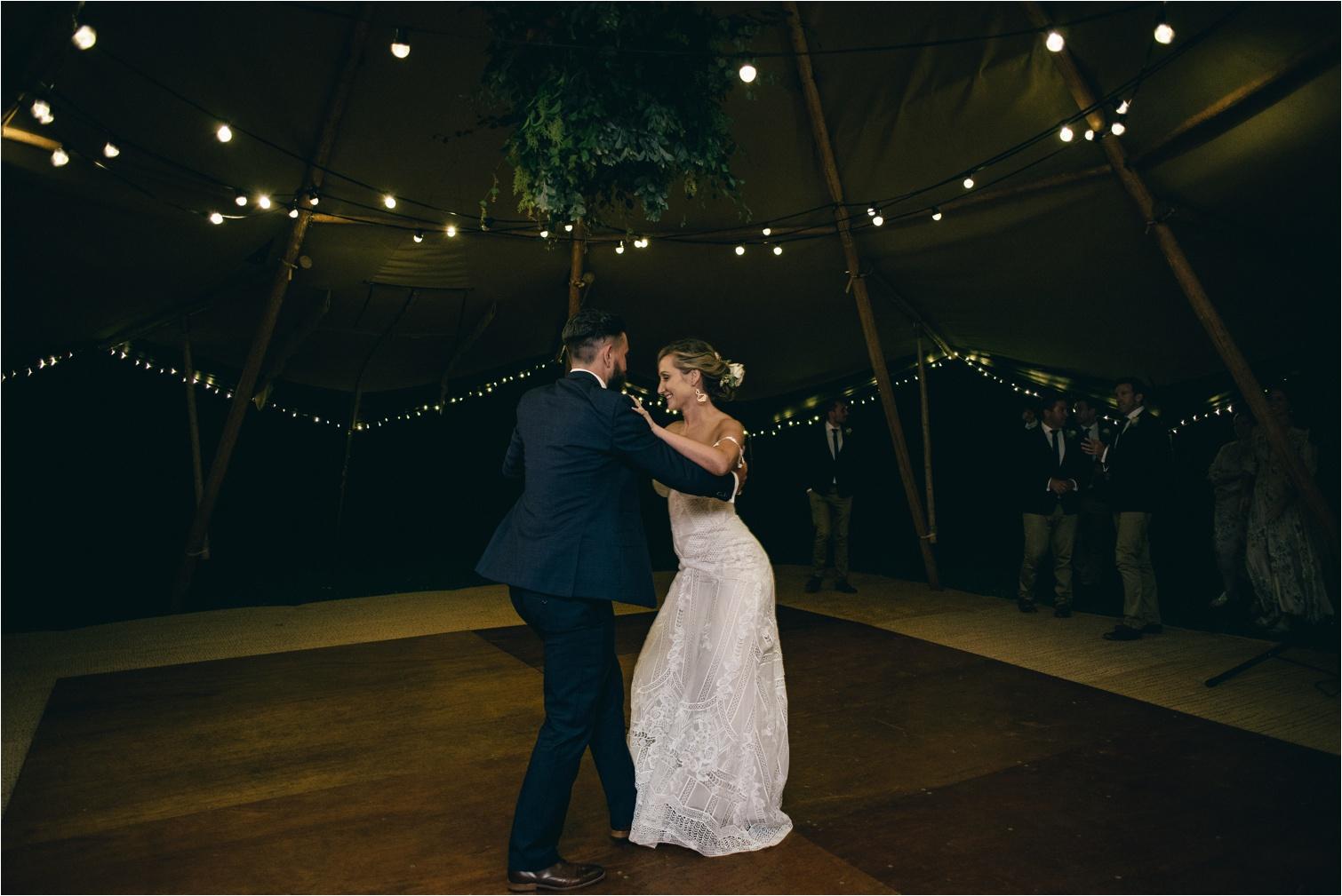 Maleny-Retreat-Wedding_Hayley&Lucas_by-The-Follans_0103.jpg