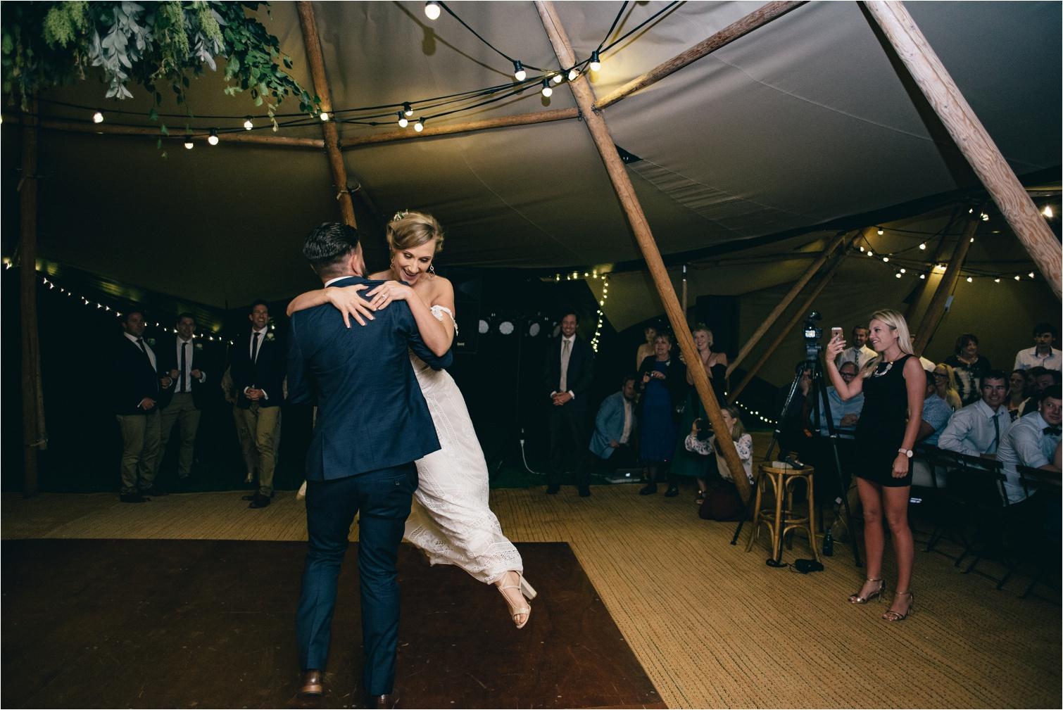 Maleny-Retreat-Wedding_Hayley&Lucas_by-The-Follans_0105.jpg