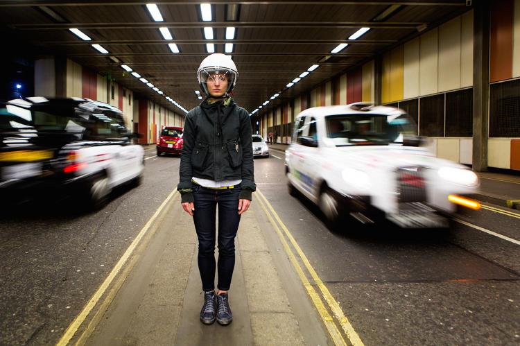 3053537-slide-s-2-a-helmet-that-turns-your-brainwaves-into-binaural-beats.jpg