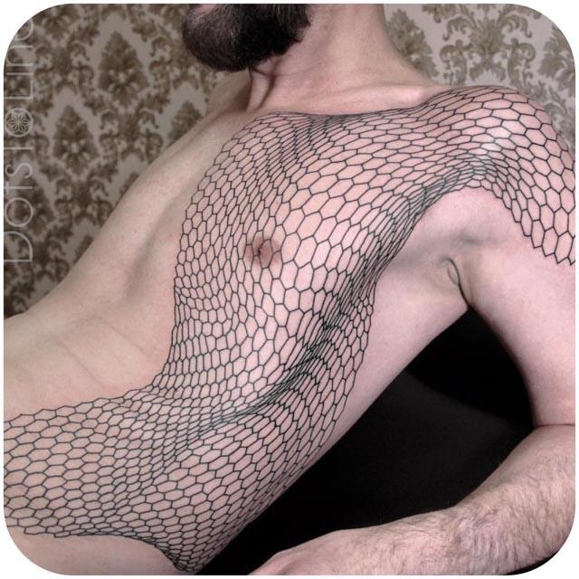 Honeycomb-Net-Tattoo-on-Side-by-Chaim-Machlev.jpg