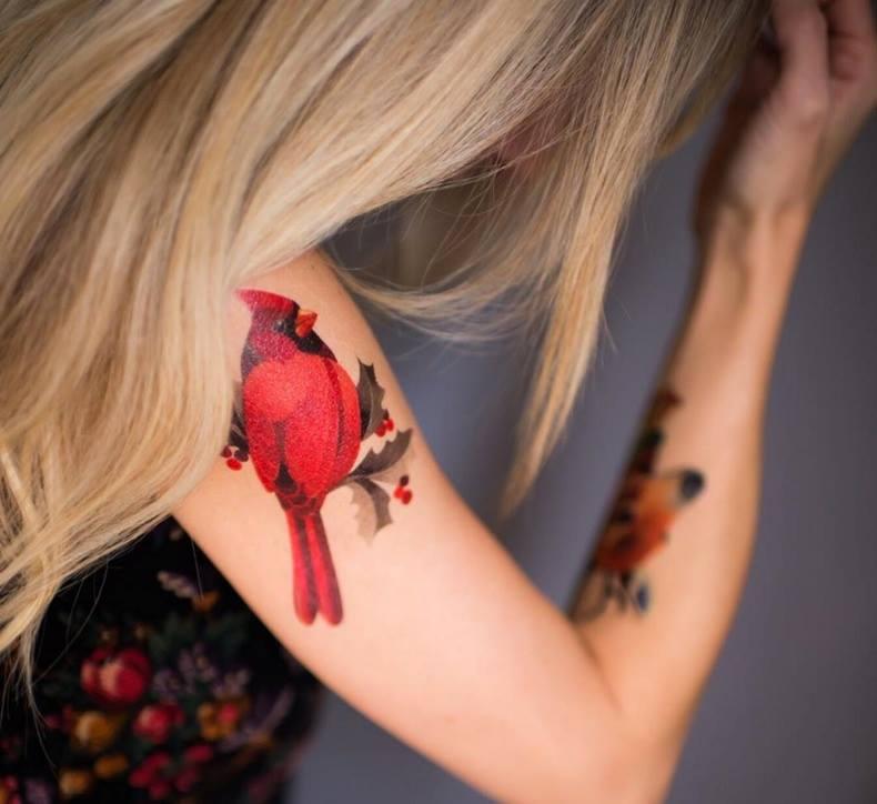 Cardinal-Red-Bird-Tattoo-On-Right-Shoulder-by-Sasha-Unisex.jpg