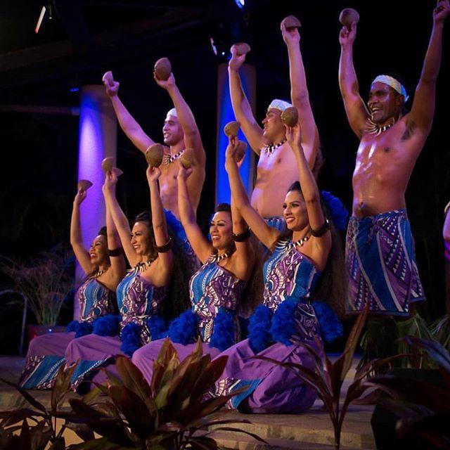 Siva Ipu Popo 🥥🥥• • • • #maluproductions #halekoaluau #luau #siva #ipupopo #samoa #cheehooo