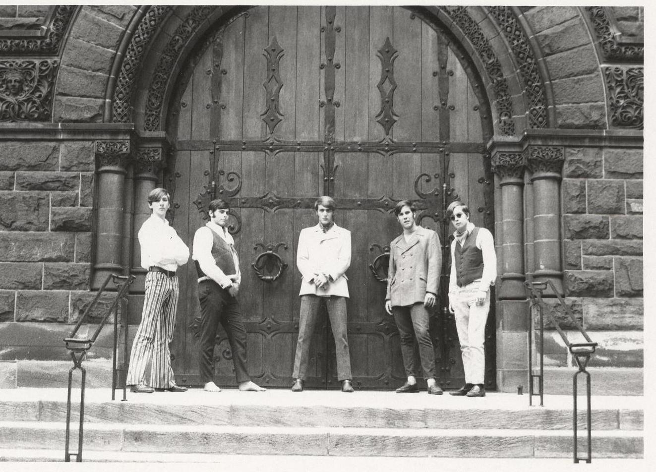 05 - Nobody's Children - Mike, Randy, Lloyd, Fritz & Tom - Standing at the Gates of Rock .jpg