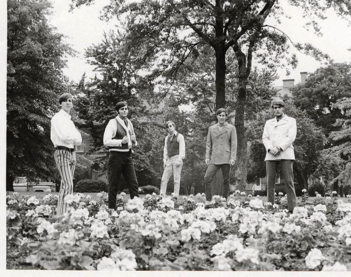 07 - Nobody's Children - In Bloom - Mike, Randy, Tom, Fritz & Lloyd .jpg