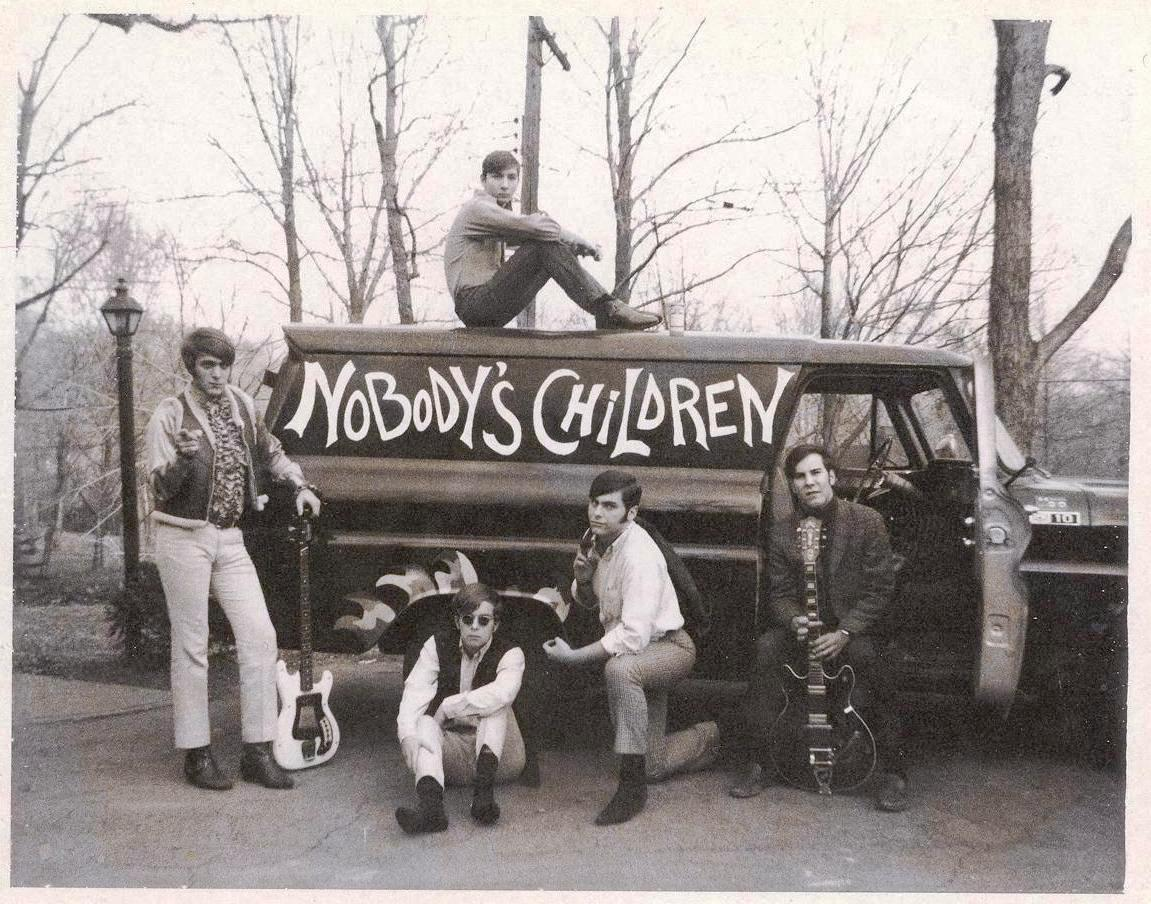 09 - Nobody's Children - On The Road - Lloyd, Tom, Mike, Randy & Fritz .jpg