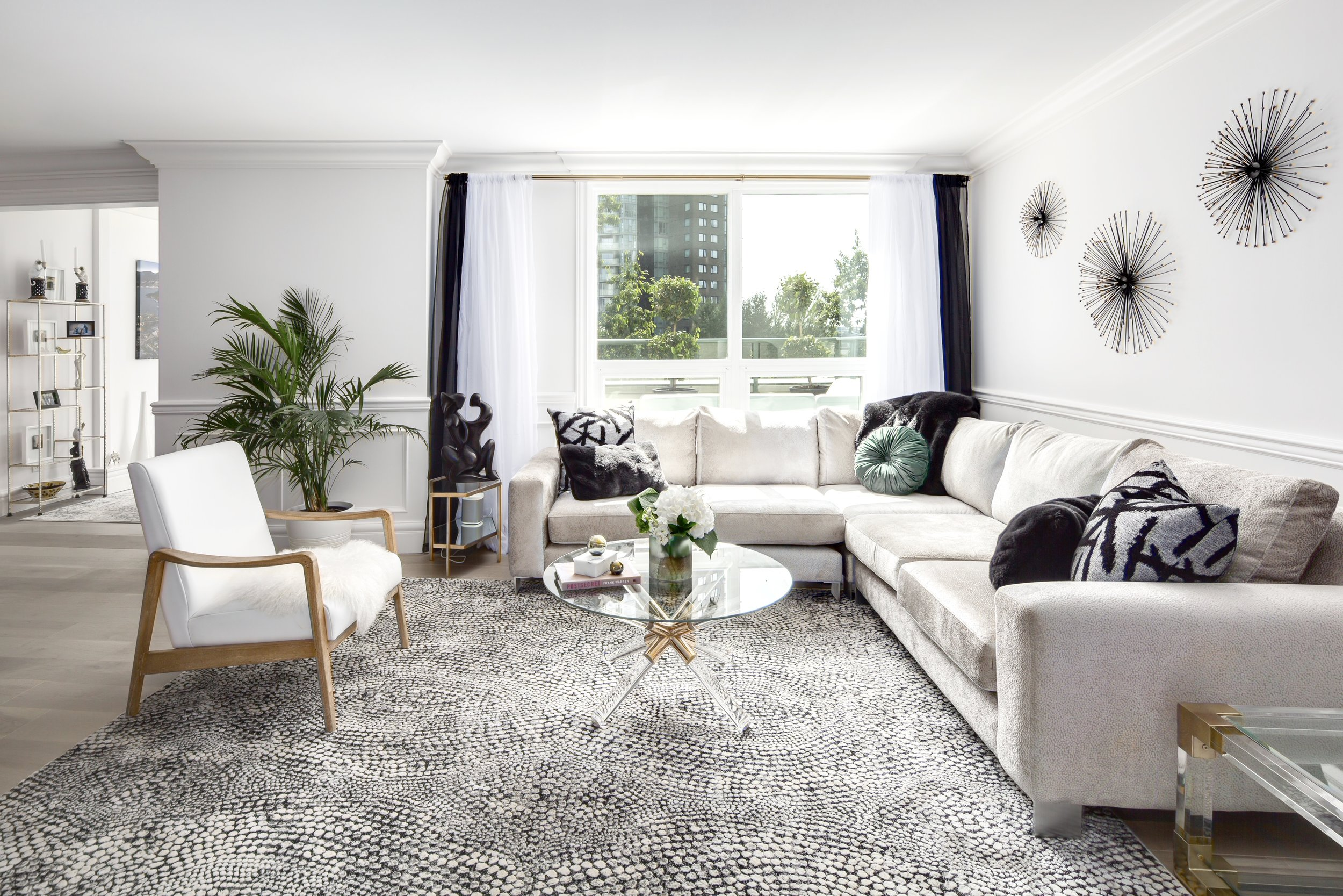PACIFIC ST // VANCOUVER: Condo - Once dark + traditional, this fresh space pays homage to contemporary + art decor design