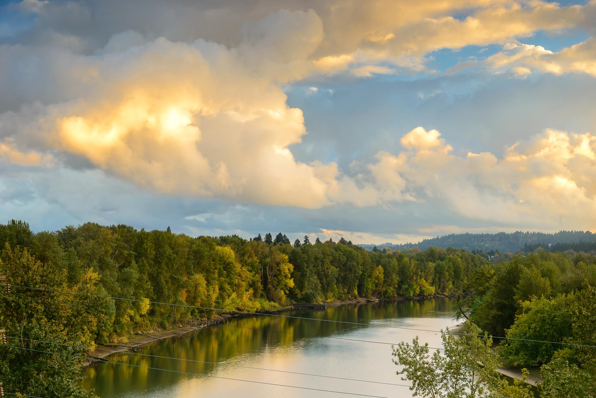 The Willamette River provides some easy nature access. SE Portland