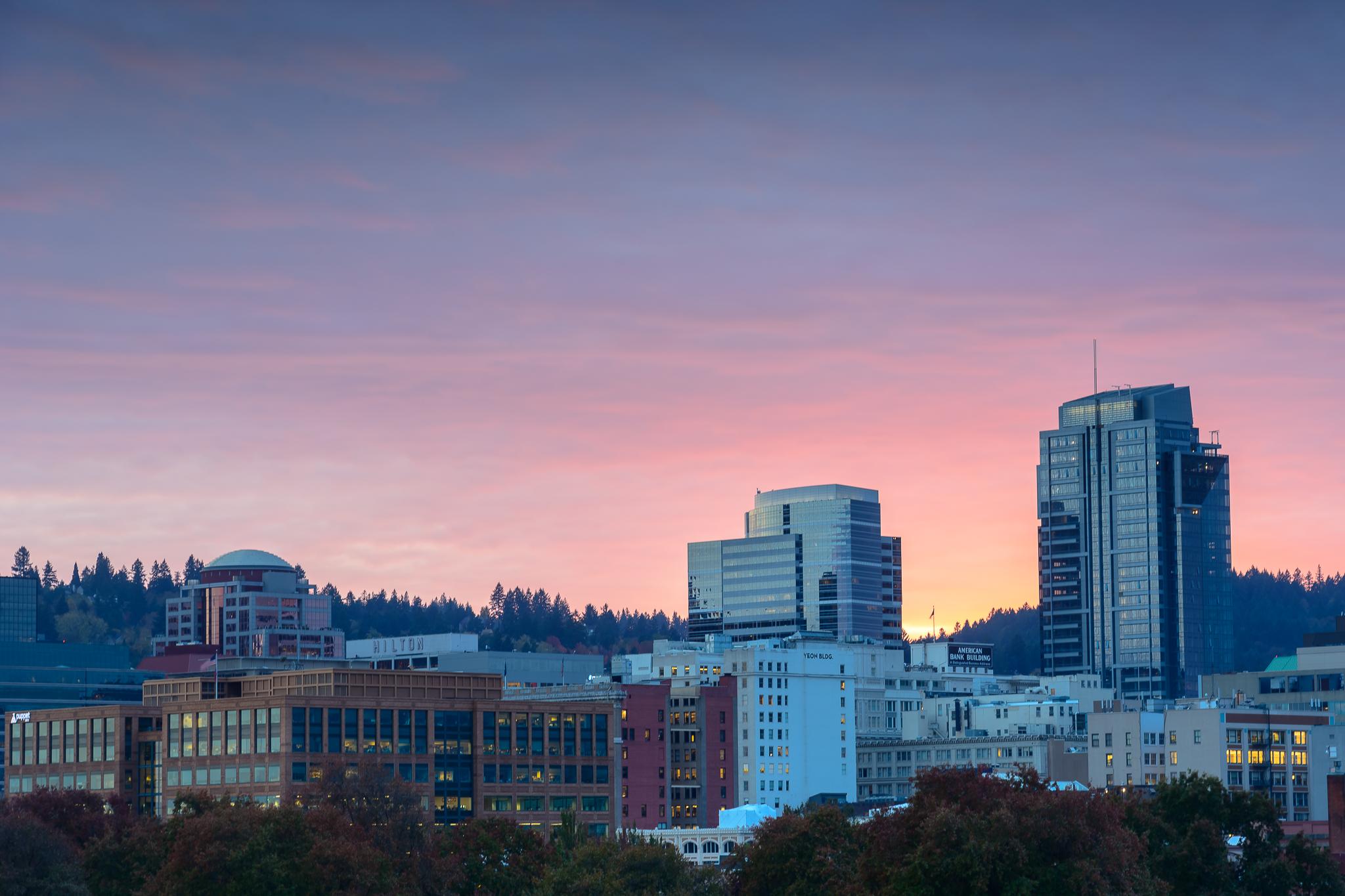 Goodnight from the Burnside Bridge. Central Portland.