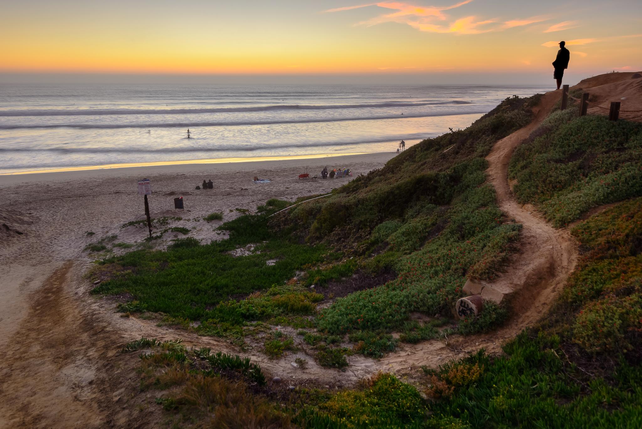 SD hangs. San Diego, CA