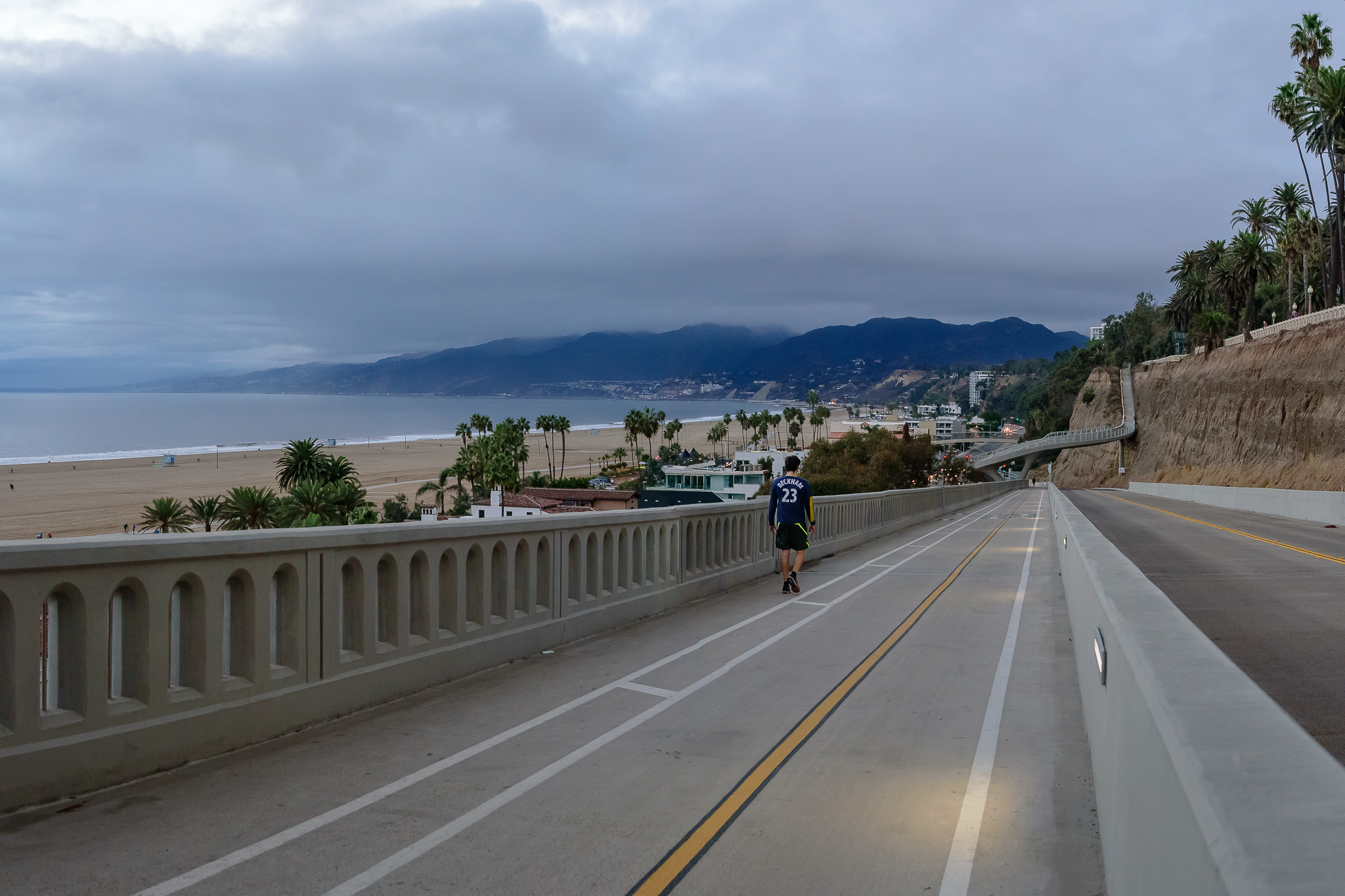 The California Incline after its recent overhaul.  Protected bike lanes, swoon...  Santa Monica, CA.