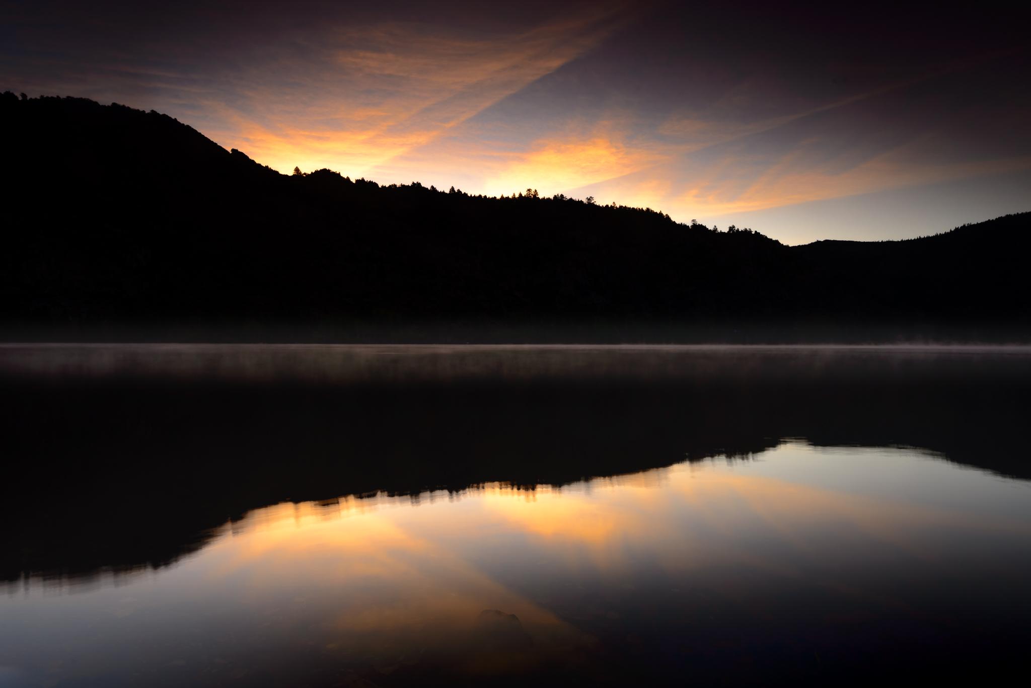 silver_lake_sierras_sunrise