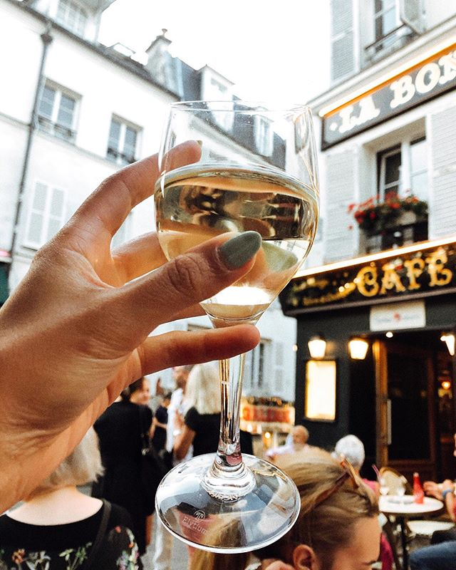 ✨ a writer's world 💭✨ #montmartre #paris