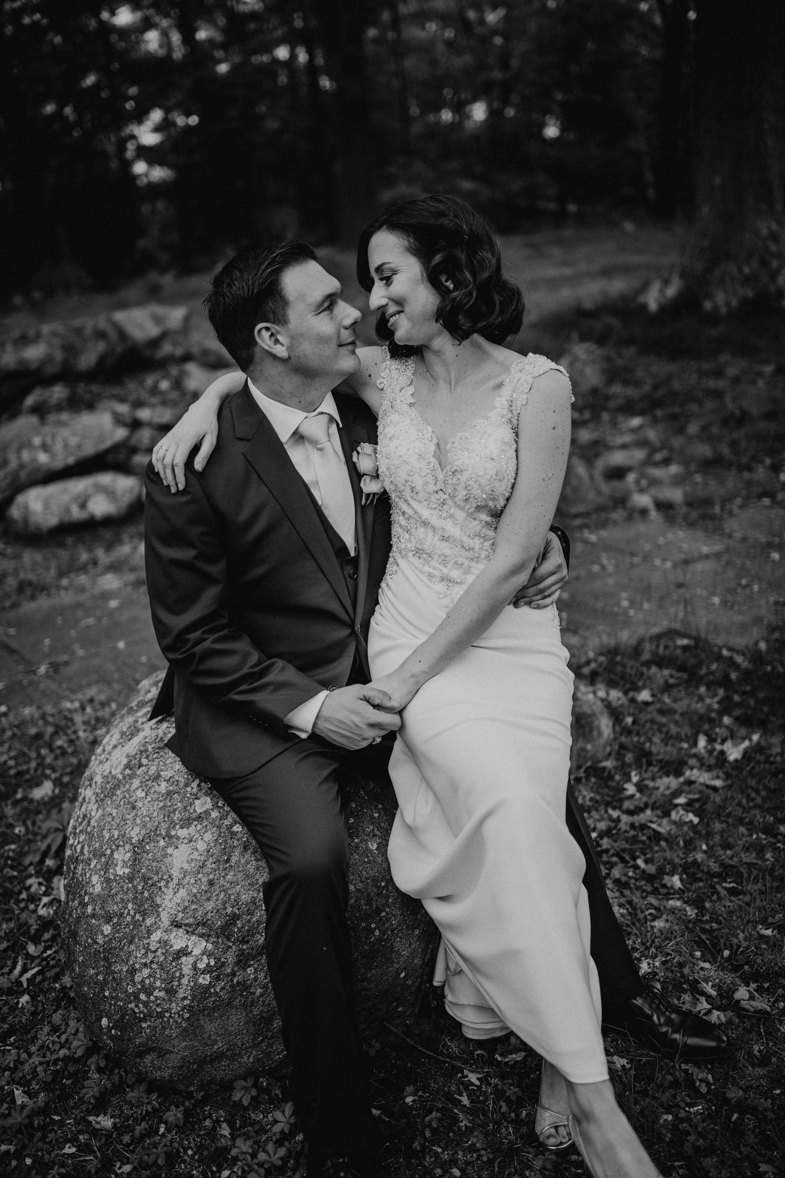 LaurenandAlex-weddingpreviews(31of35).jpg