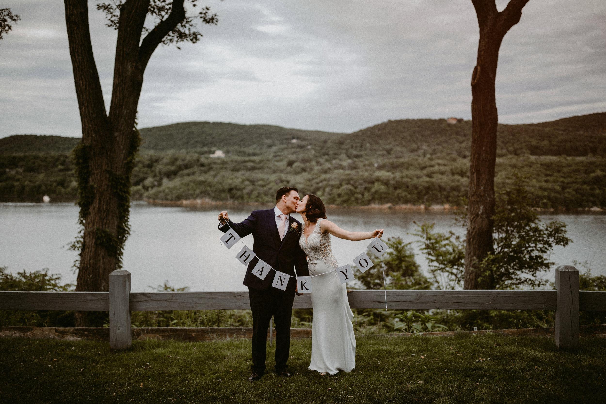 LaurenandAlex-weddingpreviews(26of35).jpg