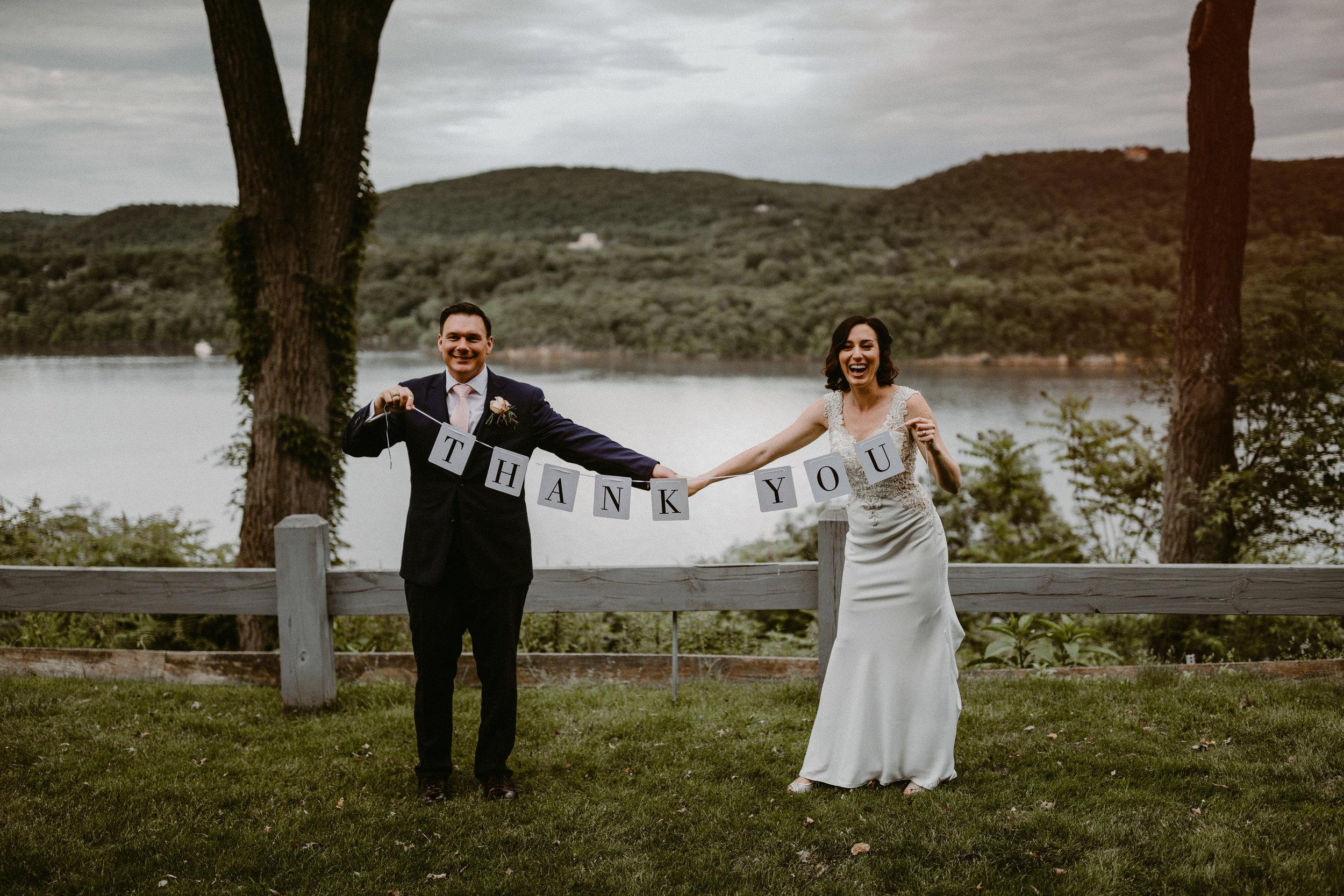 LaurenandAlex-weddingpreviews(27of35).jpg