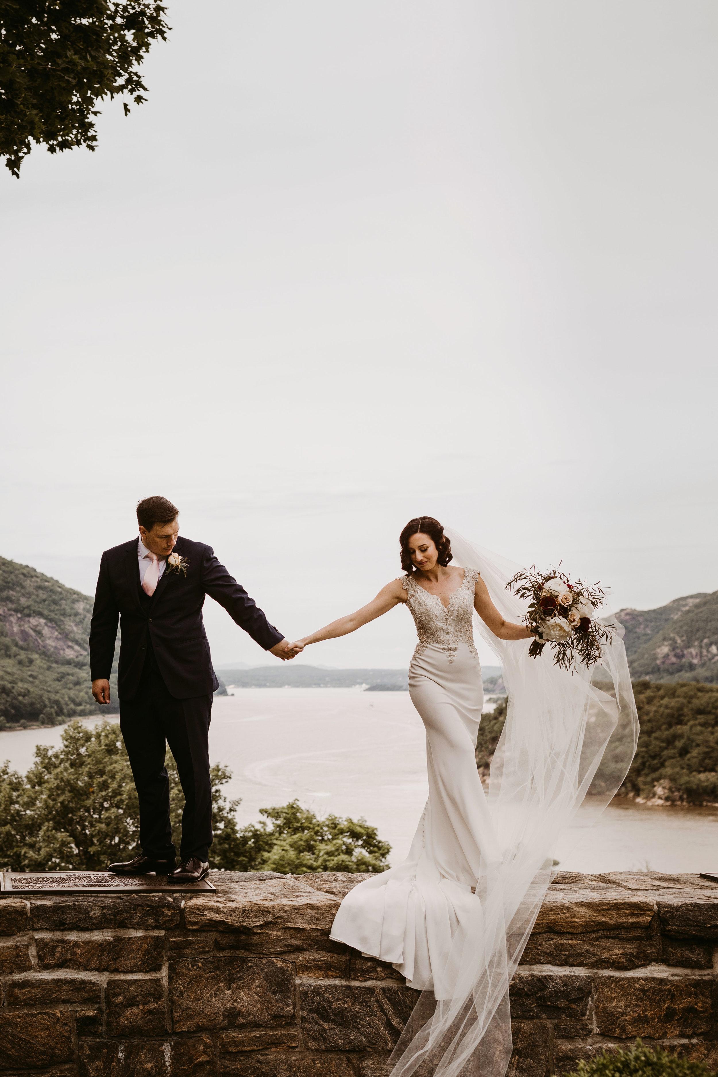 LaurenandAlex-weddingpreviews(11of35).jpg