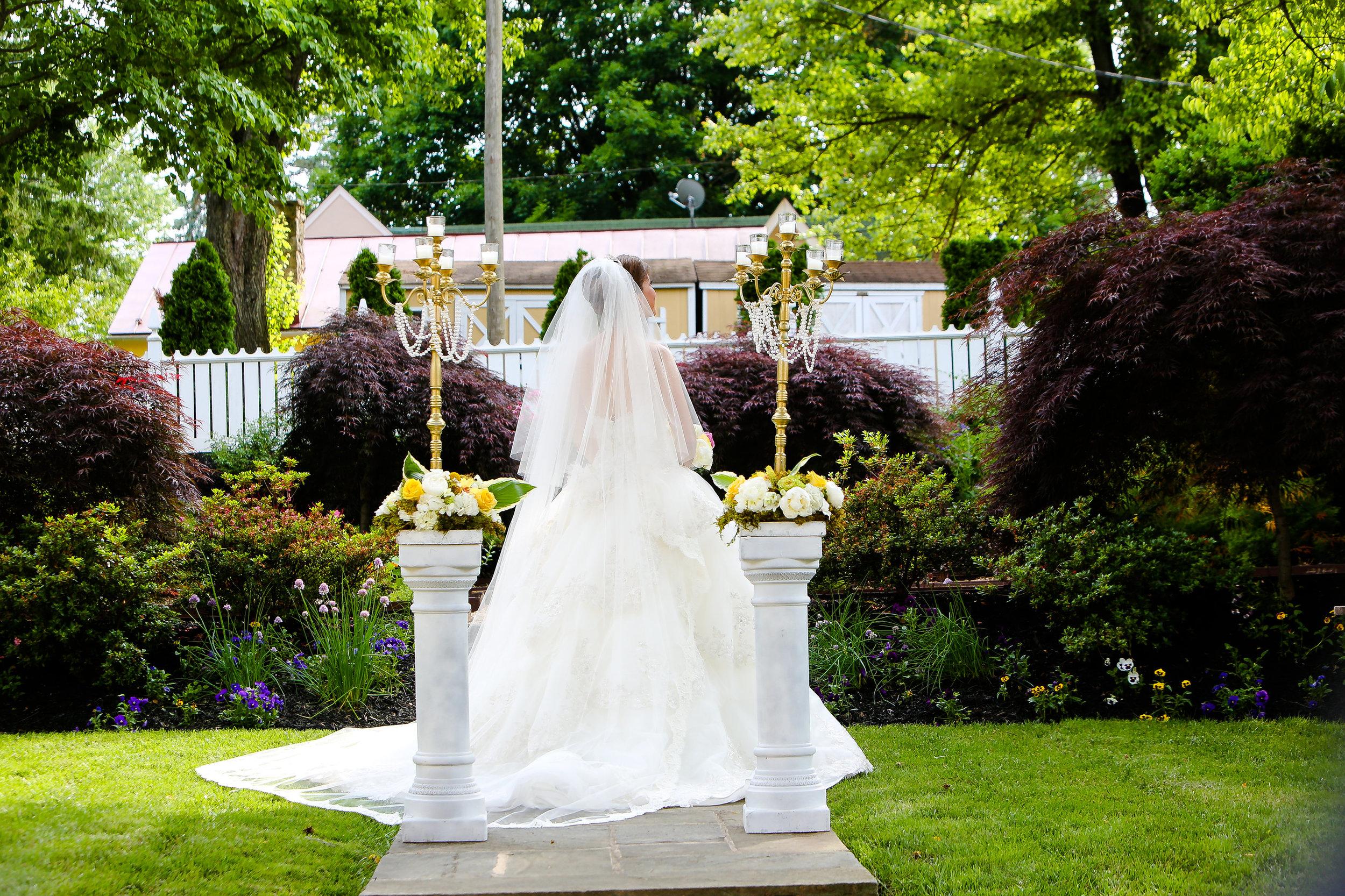 Brides & Weddings-0022.jpg