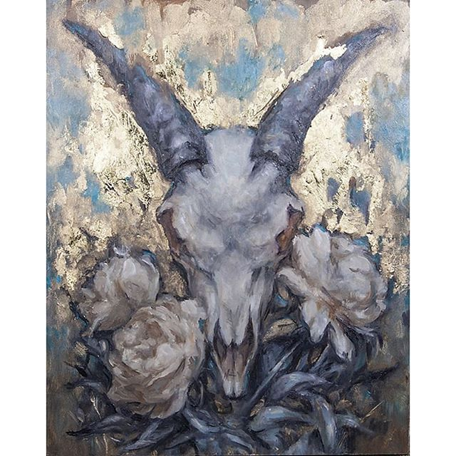 """Remain"" 8x10  Oil and goals leaf on panel.  This painting is still available on @everydayorig! Everydayoriginal.com  I never tire of painting #skulls and #flowers."