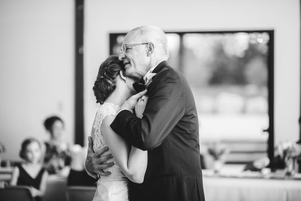 Heritage Barn Wedding reception Cleveland Photographer in stow ohio
