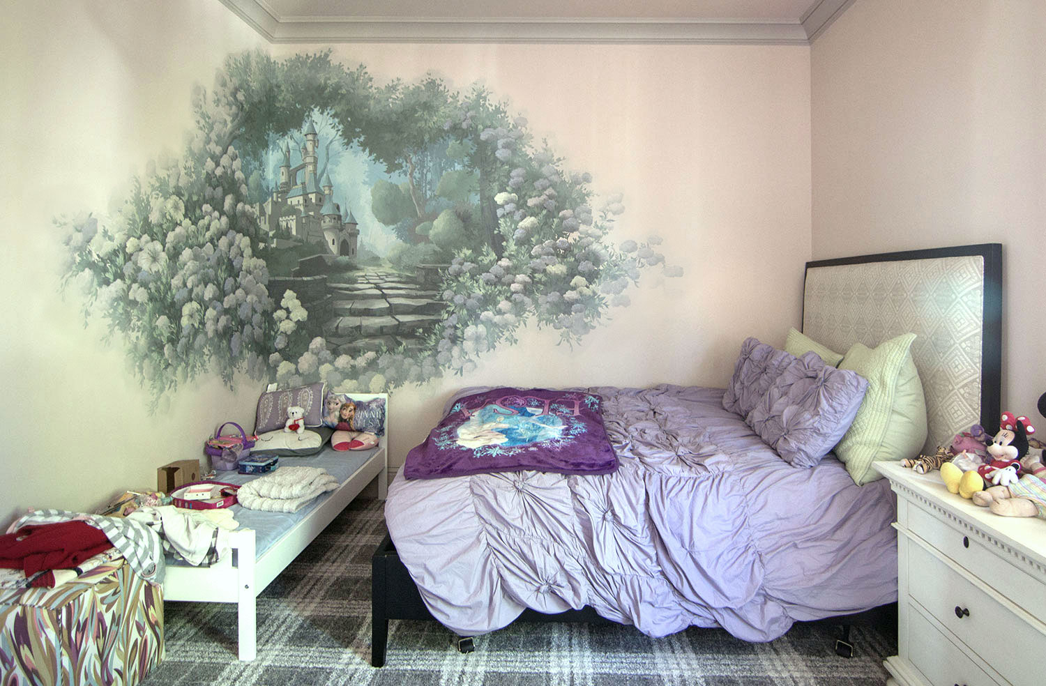 Girl's Bedroom, Dreamy Castle