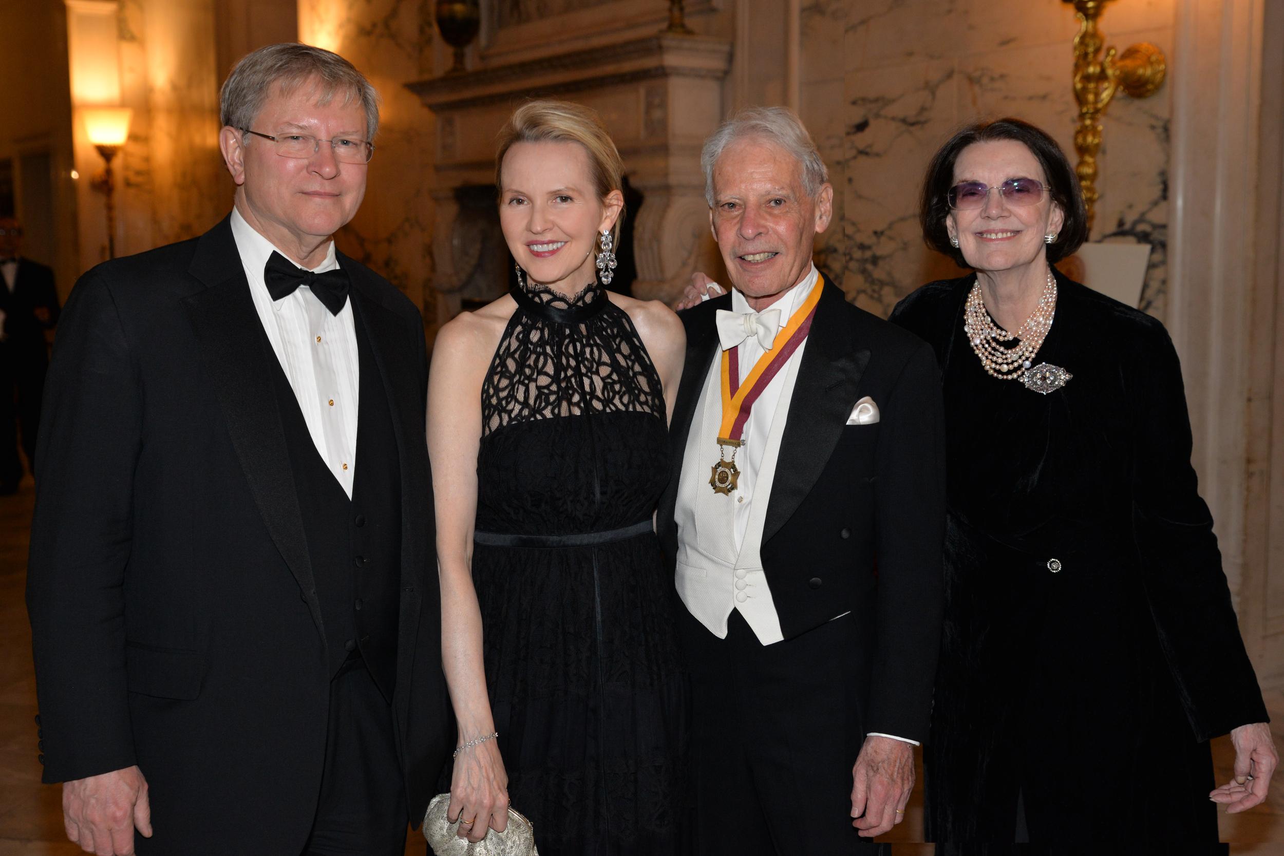 DSC_4071-Robert Morris, Hilda Neis, Arnold Neis, Connie Greenspan.JPG