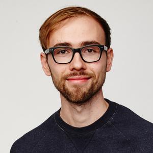 Hi, I'm Alen, business designer (IDEO alumni), and I teach designers about business thinking.