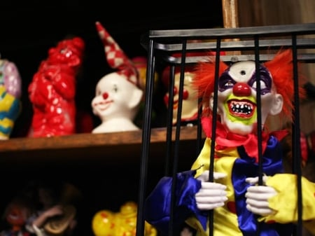 ClownMotel_Bethany2.jpg