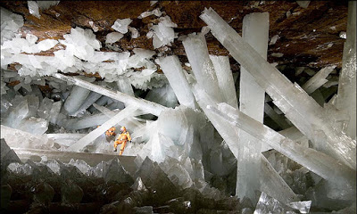 Cave of Crystals -Giant Crystal Cave-geologyin-1.jpg