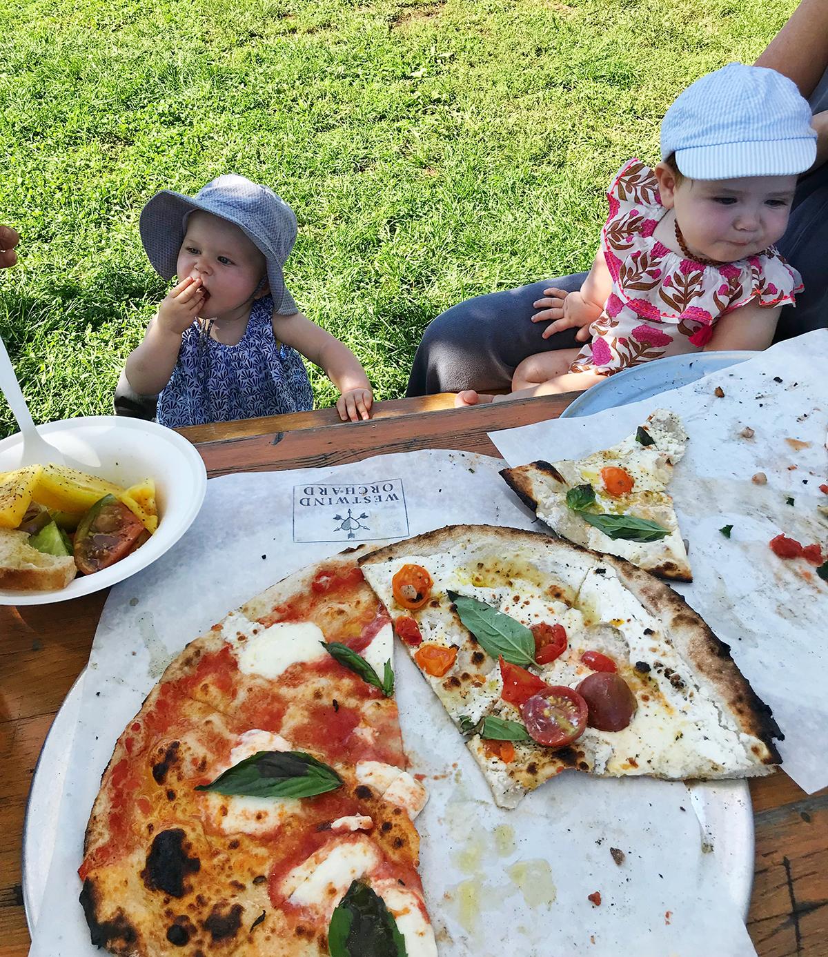 pizza hangtime.jpg