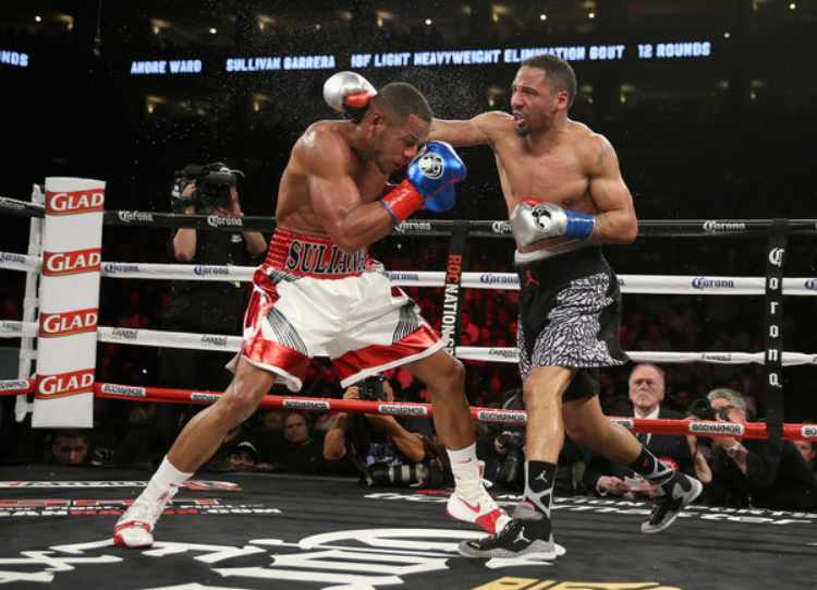 Andre Ward on the Oracle Arena canvas Saturday night (photo by Ezra Shaw)