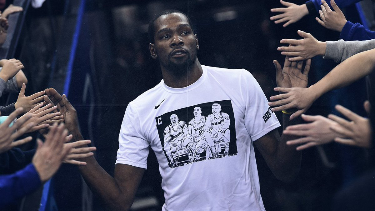 KD reppin' RUN TMC. (Photo via Golden State Warriors)