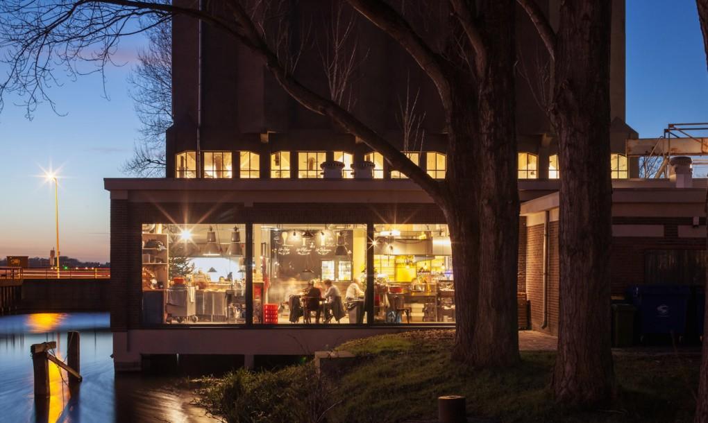 Zwarte-Silo-by-Wenink-Holtkamp-Architecten-3-1020x610.jpg