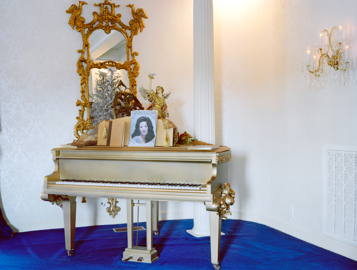 twitty city gold piano.jpg