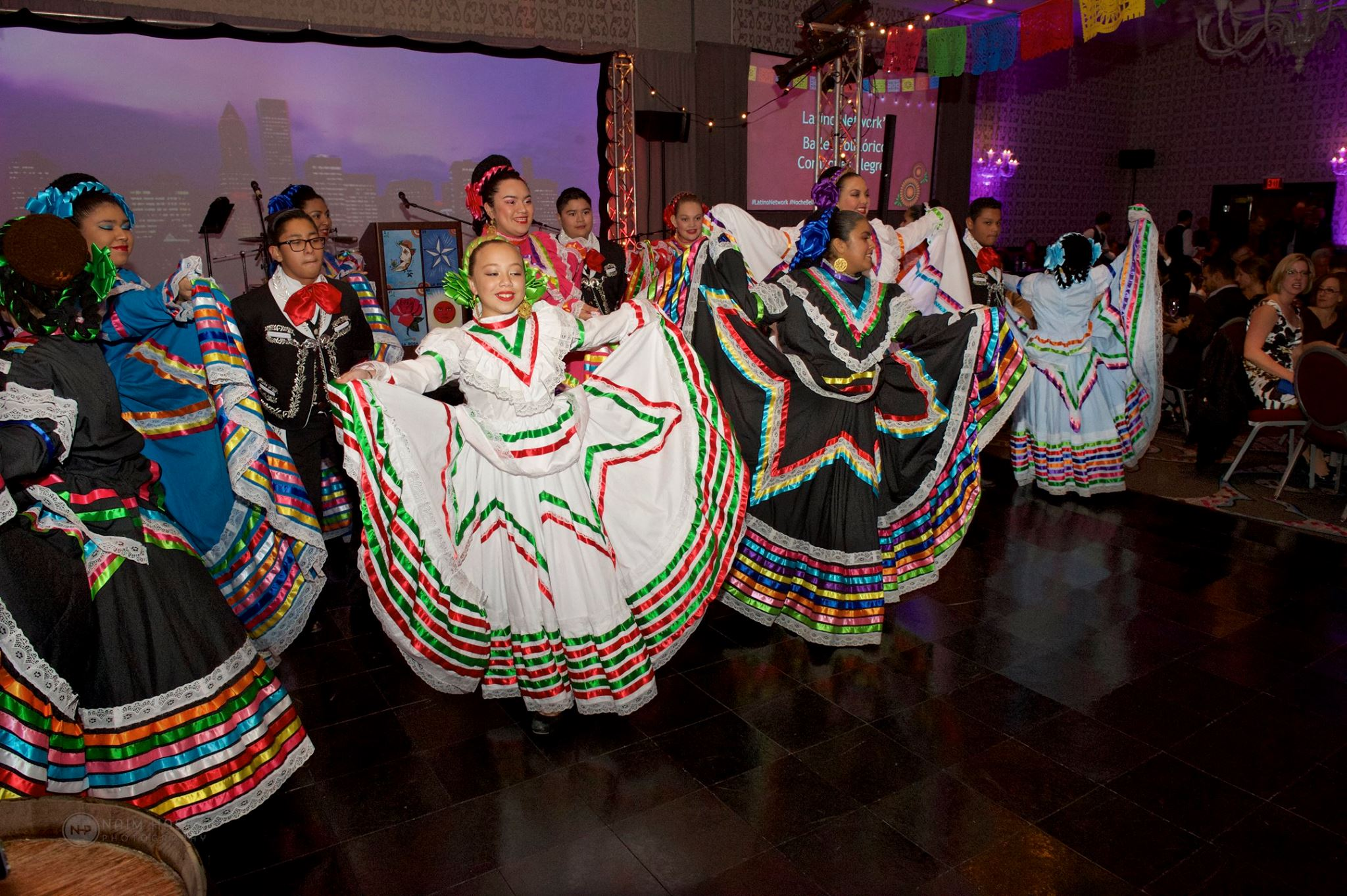 Latino Network's Noche Bella - Friday, Sept 22, 2017Event Pics from Latino Network's Twitter - @latnet_PDX