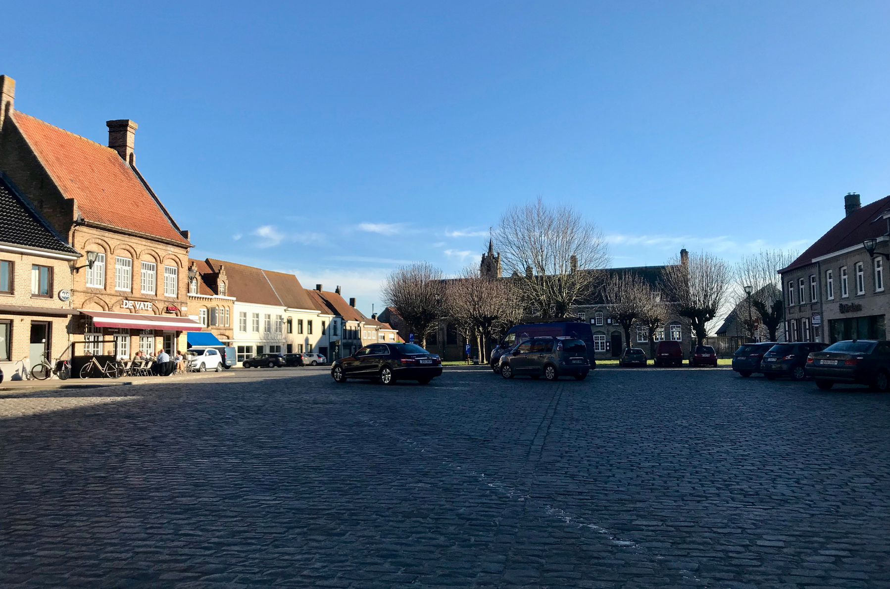 dorplein lo-reninge.png