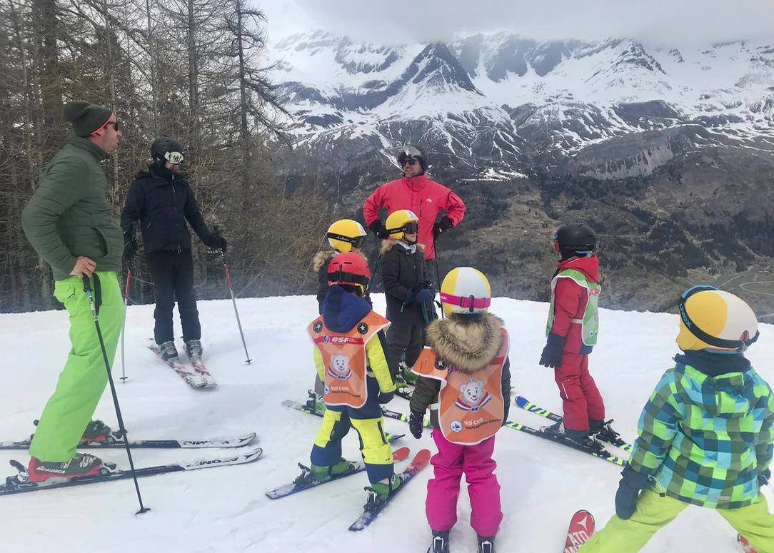skien met kinderen.png