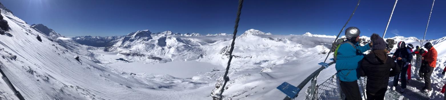 Een prachtig panorama over de Italiaanse alpen.